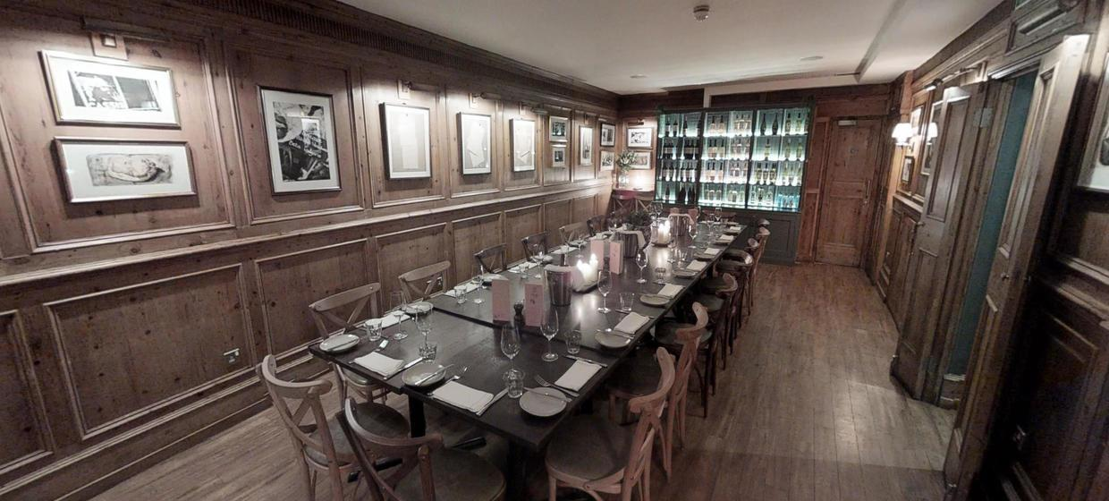 Intimate Restaurant with Private Dining Spaces 7