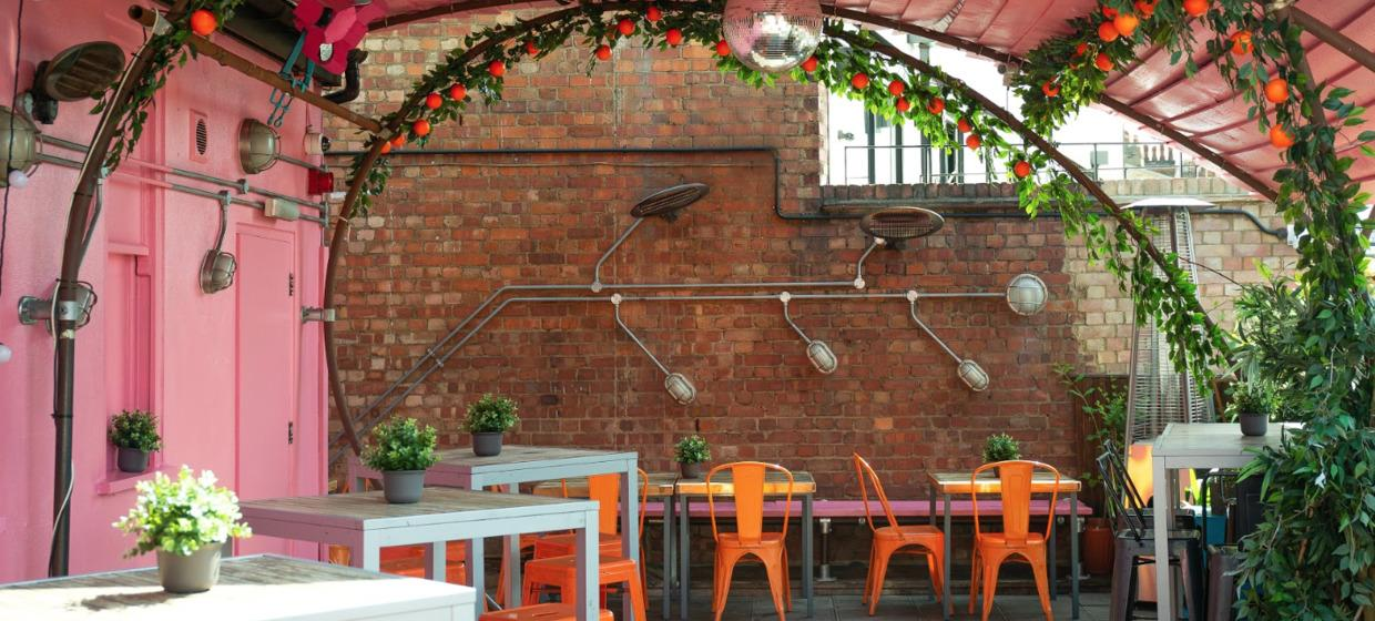 Venue with Quirky Private Spaces and Roof Terrace  2