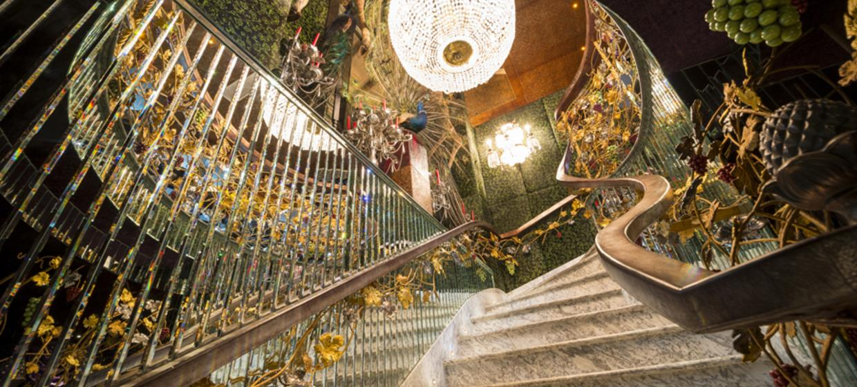 Decadent Hotel and Event Spaces nearby to London 5