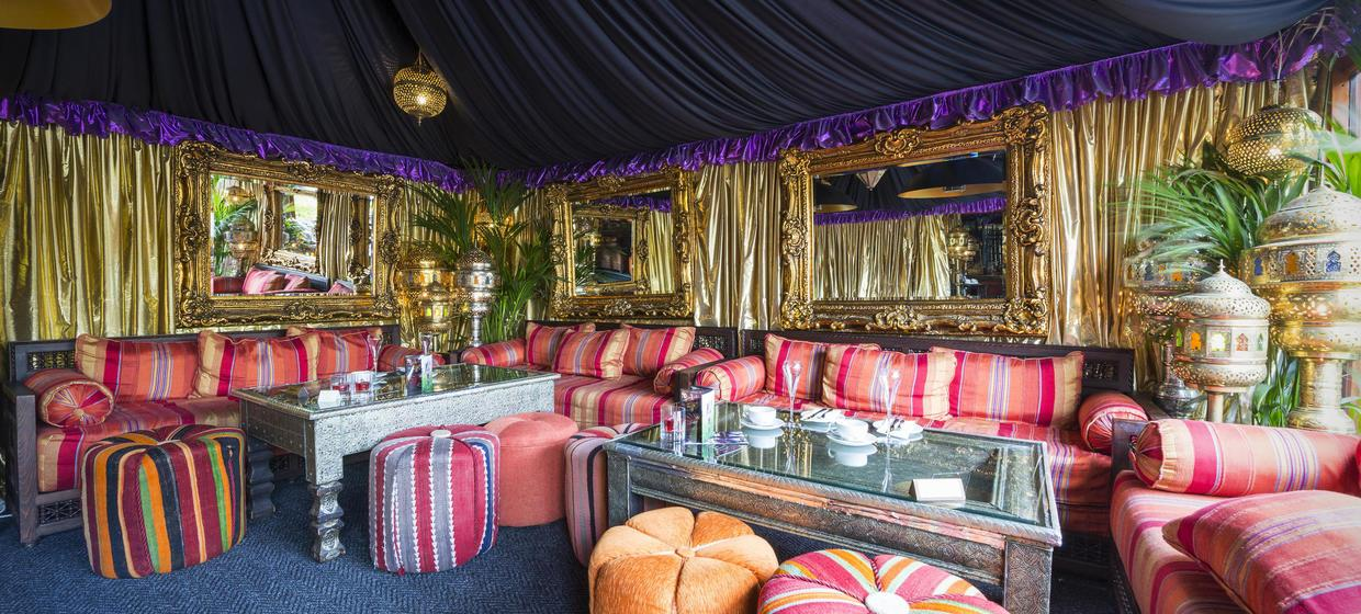 Decadent Hotel and Event Spaces nearby to London 10