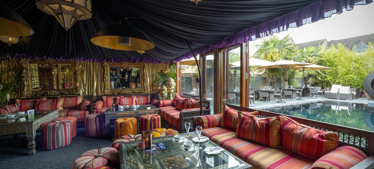 Decadent Hotel and Event Spaces nearby to London 11