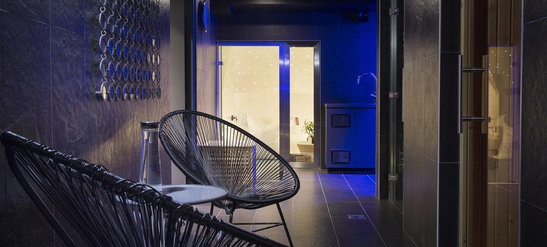Hotel Mademoiselle 10