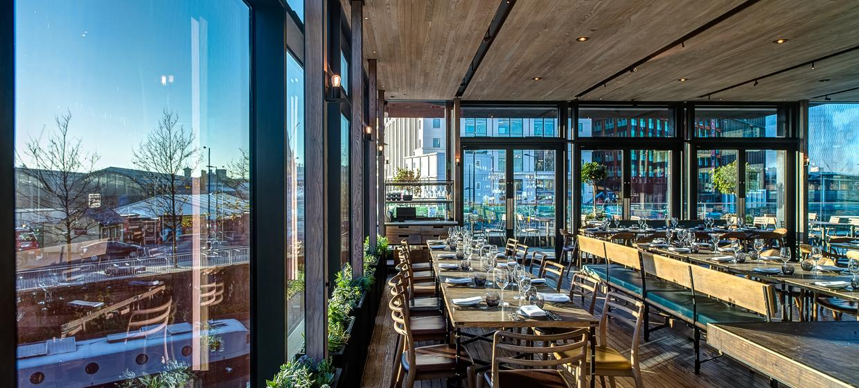 Event Space with Panoramic Waterside Views  5
