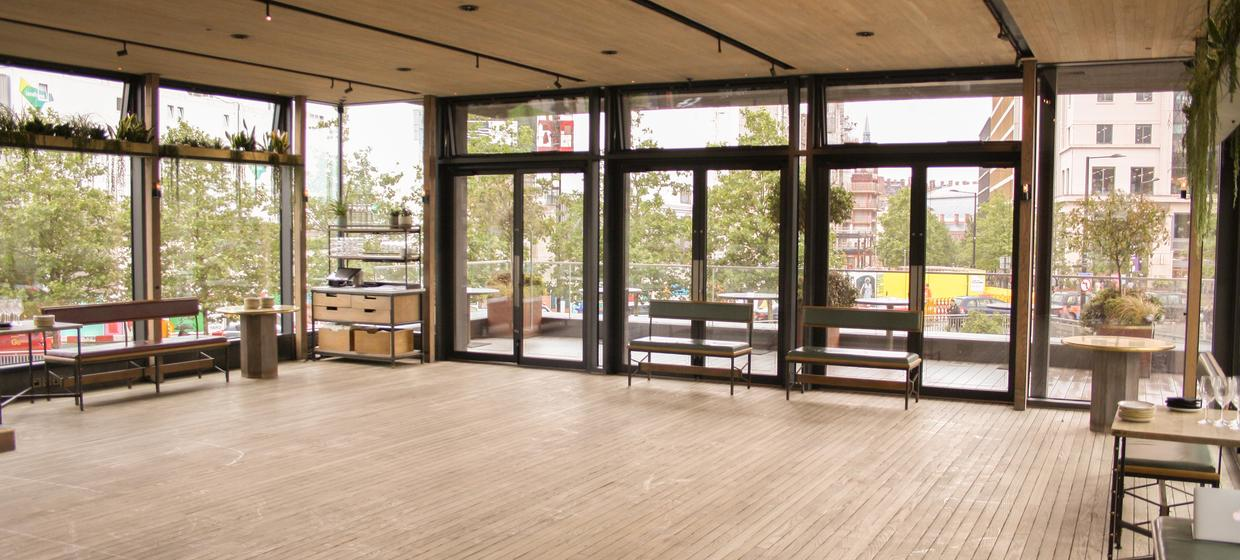 Event Space with Panoramic Waterside Views  4