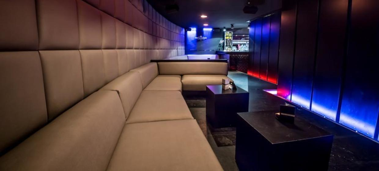 Odeon Lounge 8
