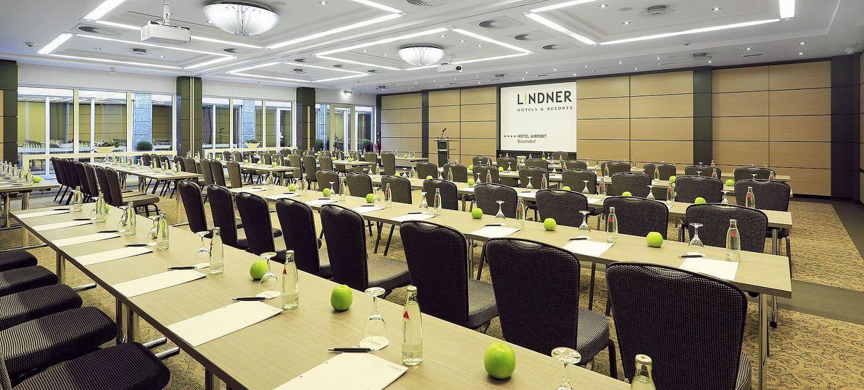 Lindner Hotel Airport Düsseldorf 1