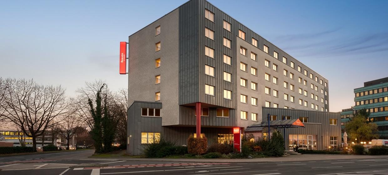 Ramada by Wyndham Bottrop 11