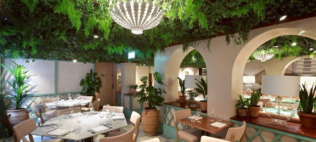 Stylish Restaurant with Private Garden Room  1
