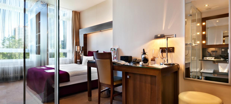 Fleming's Selection Hotel Frankfurt-City 12