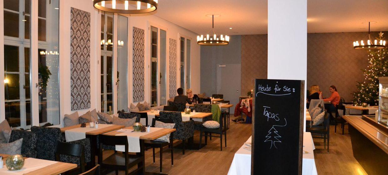 Citadelle — Bistro · Café · Restaurant 4