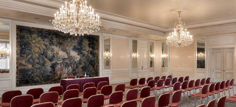 Radisson Blu Badischer Hof Hotel 8