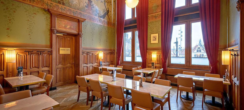 Grand Café Restaurant 1e Klas 6