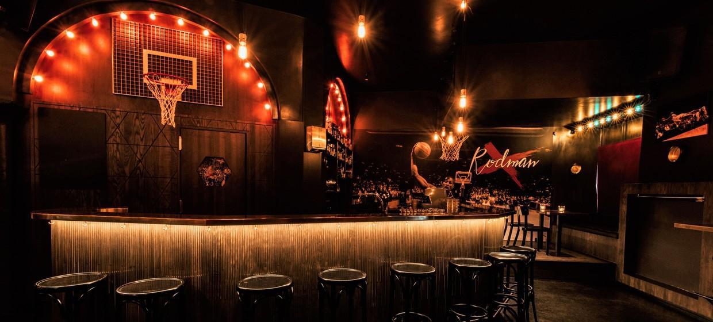 Rodman Bar 6