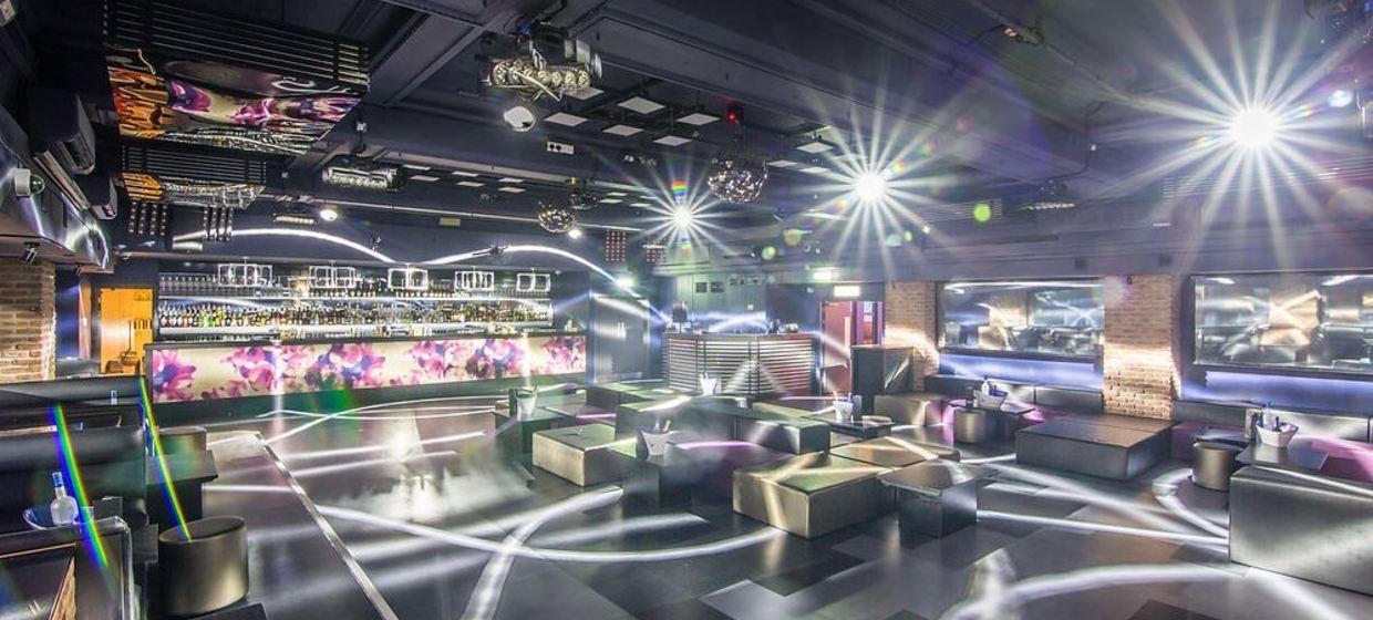 Large and Flexible Venue  6