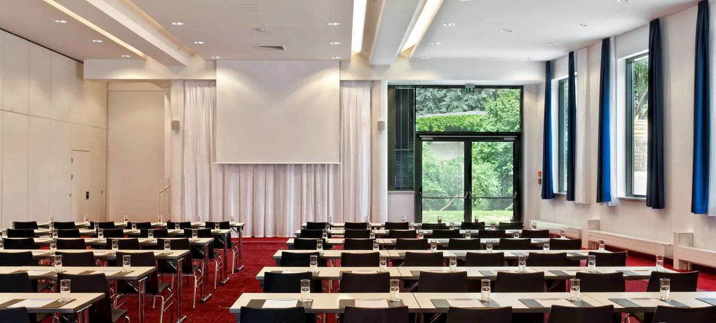 Radisson Blu Park Hotel und Conference Centre 11