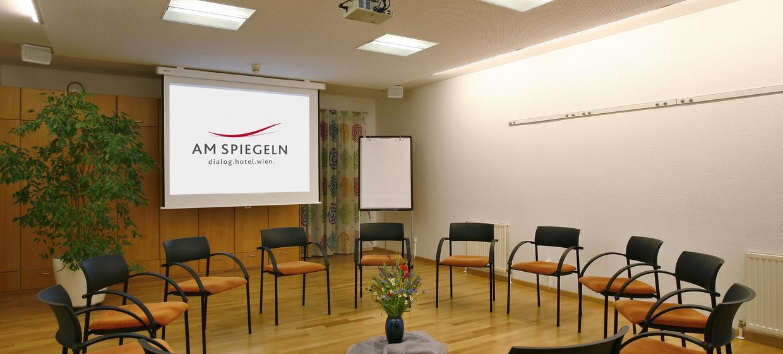 Am Spiegeln Dialog Hotel Wien 8