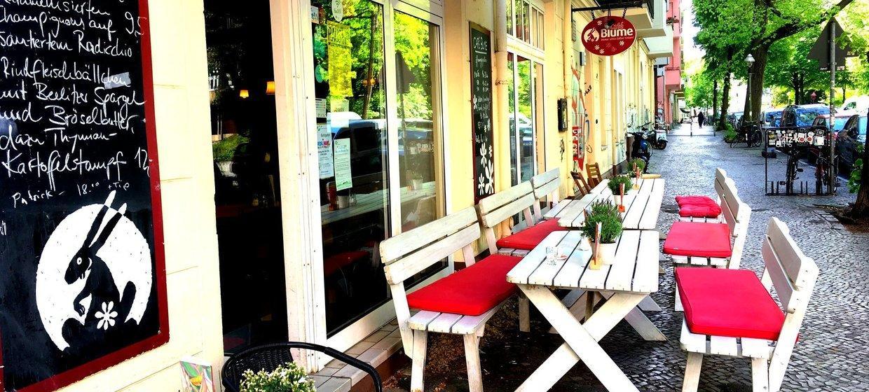 Café Blume an der Hasenheide 1