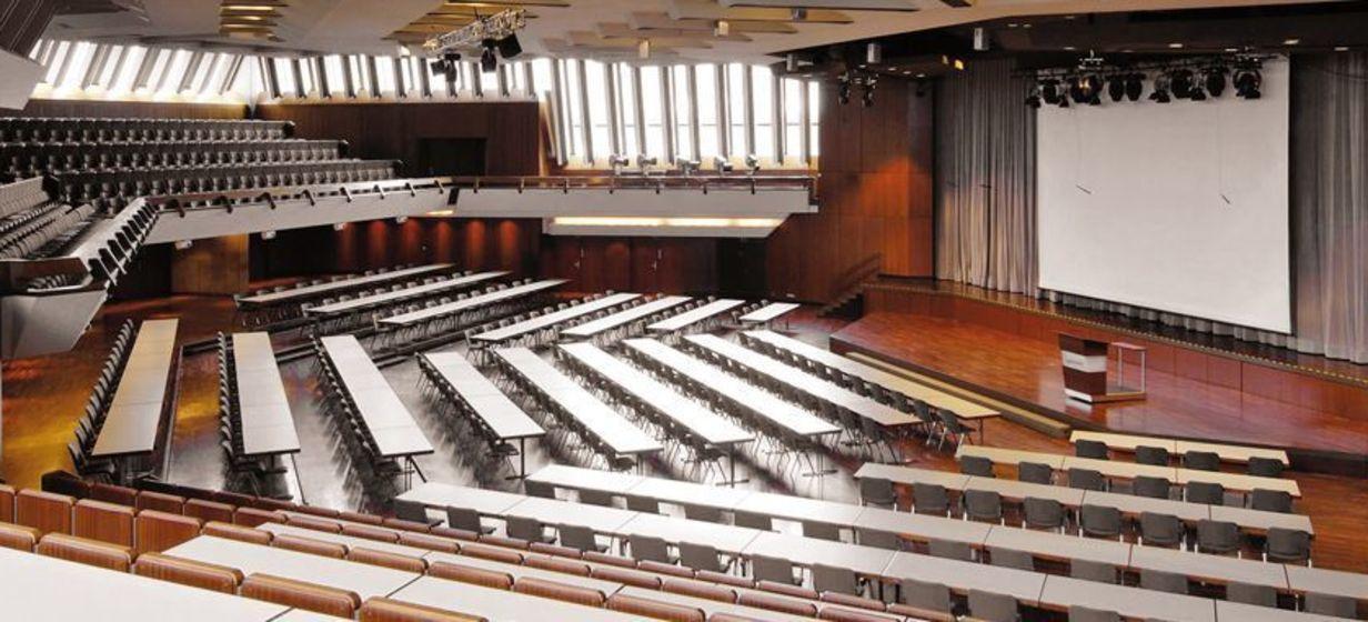 Schwabenlandhalle 13