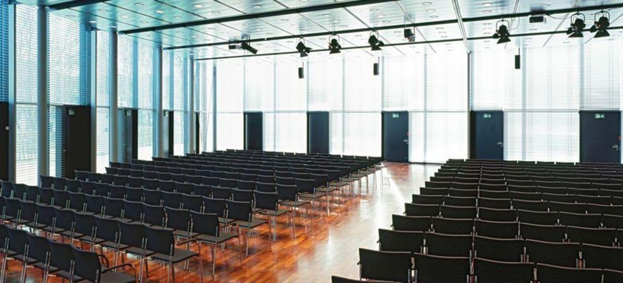 Schwabenlandhalle 4