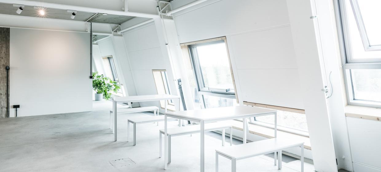 Port Nu Workspace 6