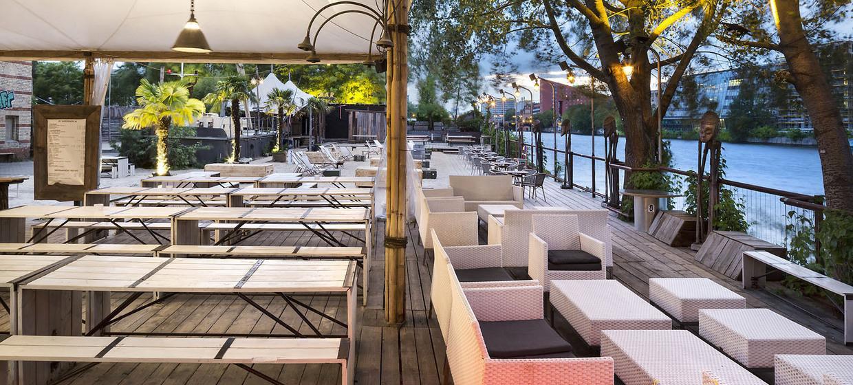 SAGE Restaurant und Beach 16