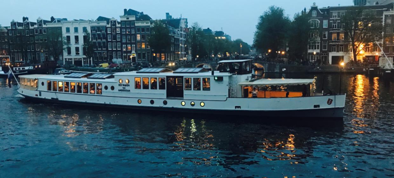 Rederij de Nederlanden: Wapen van Amsterdam 6