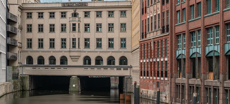 CS Business Center Stadthöfe 5