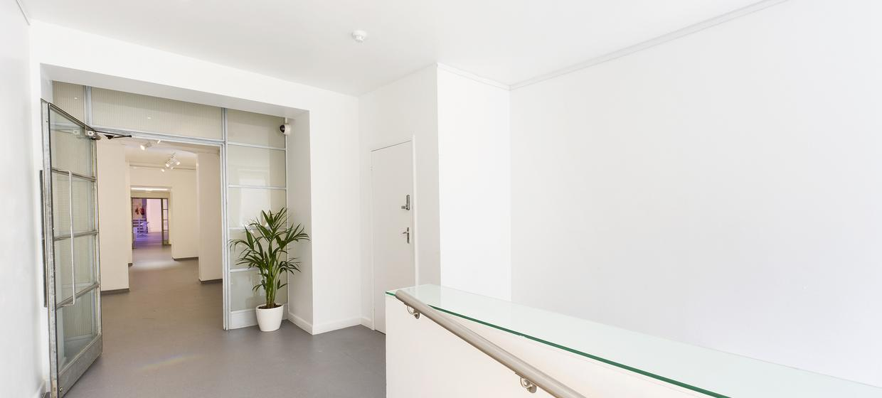 Blank Canvas Space in London's West End 28