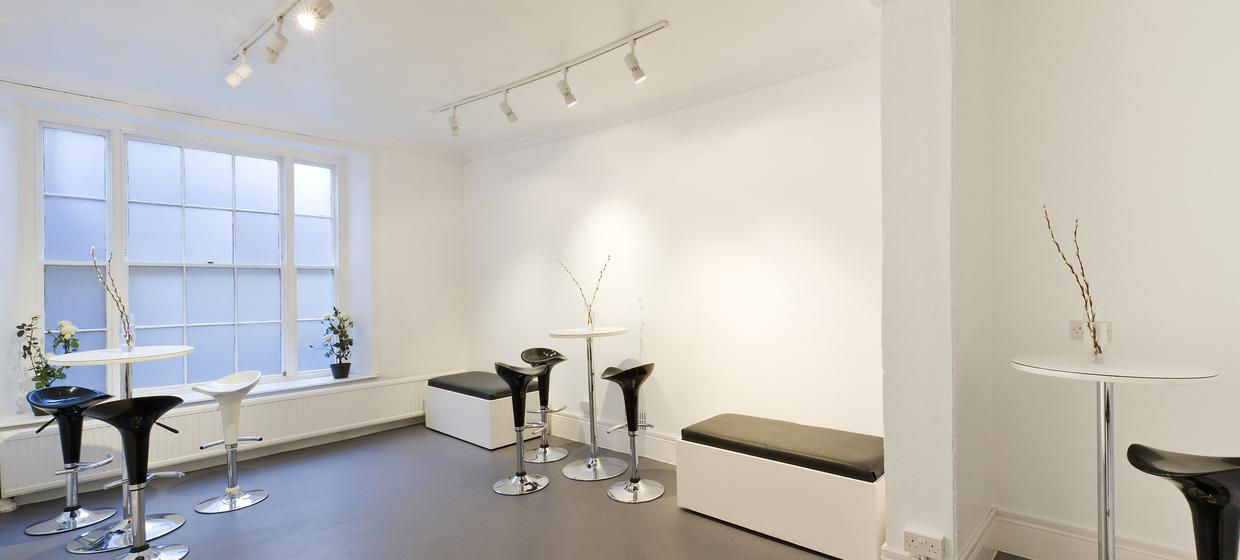 Blank Canvas Space in London's West End 31