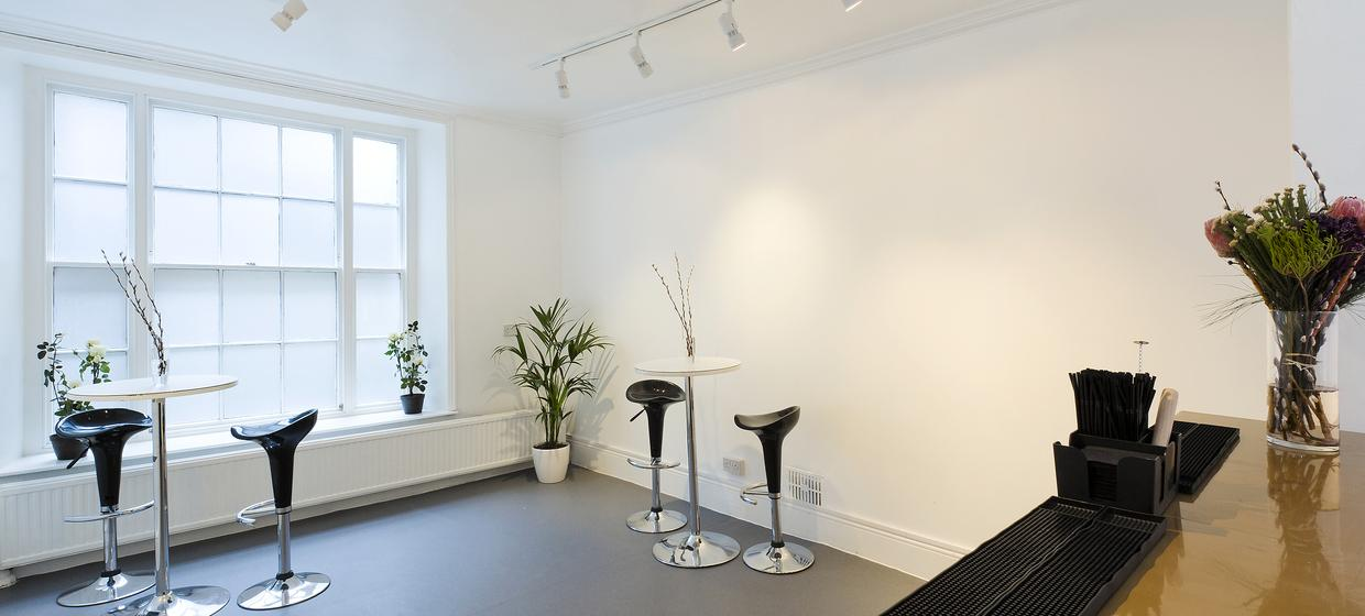 Blank Canvas Space in London's West End 34