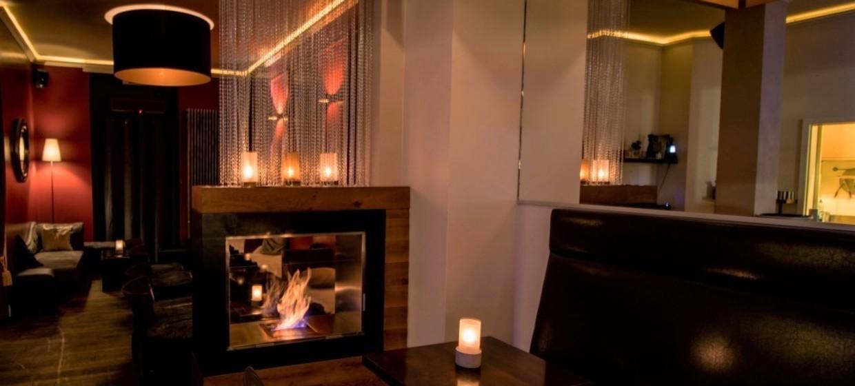 Chaplin Bar & Lounge 3