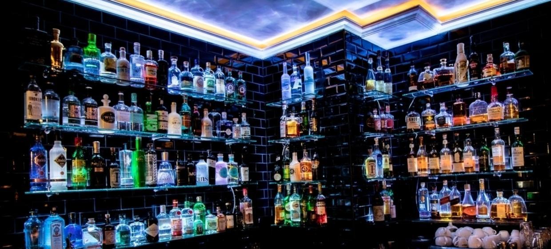 Chaplin Bar & Lounge 6