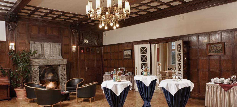Hotel Schloss Schweinsburg 9