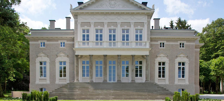Schloss Manowce 1