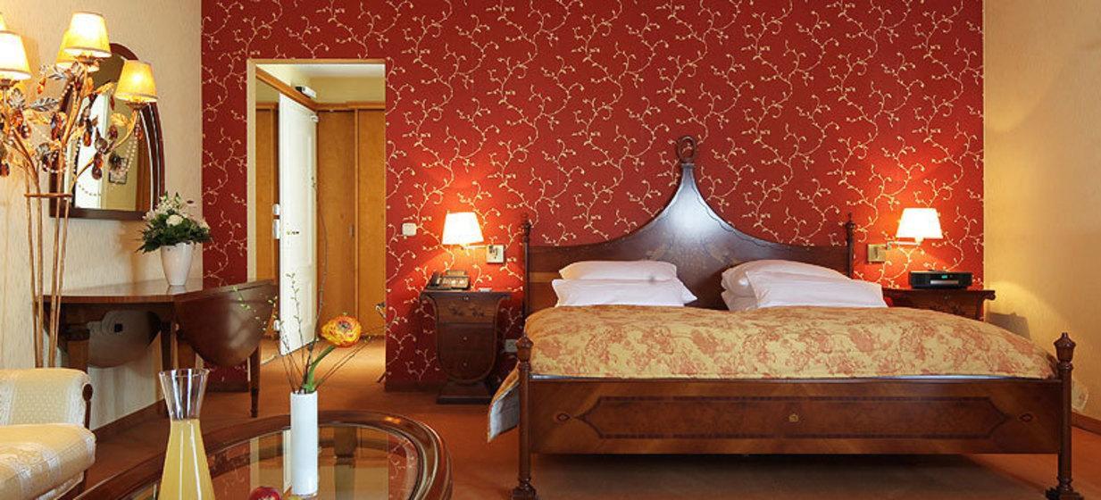 Hotel & Restaurant Villa Hammerschmiede 10