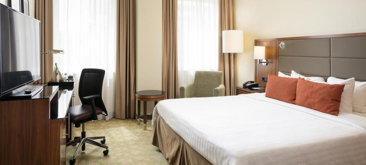 Courtyard by Marriott Bremen 11