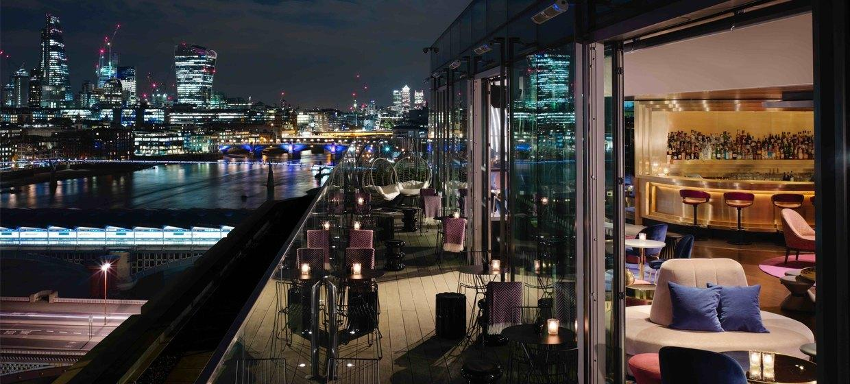 Luxuriously Designed Event Spaces on the Bank of the River Thames 9