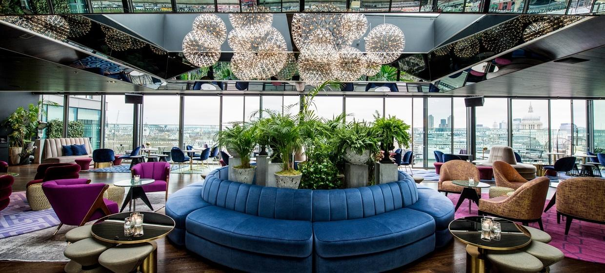 Luxuriously Designed Event Spaces on the Bank of the River Thames 1