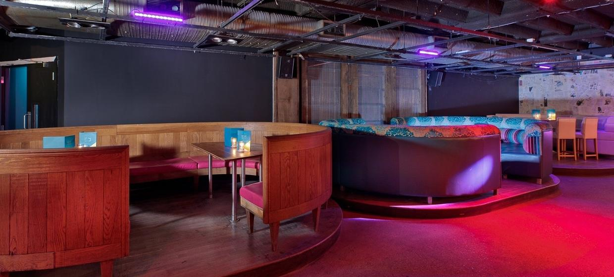 Multi-functional Bar with Basement Club  4