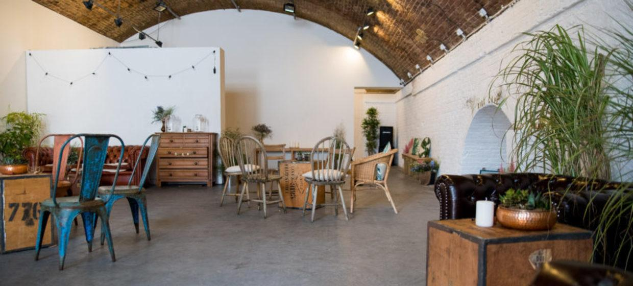 A Converted Railway Arch in East London 7
