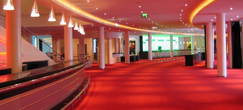 Stage Apollo Theater 3