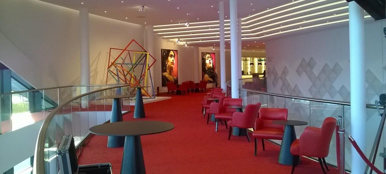 Stage Theater an der Elbe 3