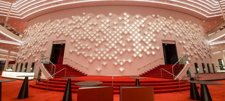 Stage Theater an der Elbe 8