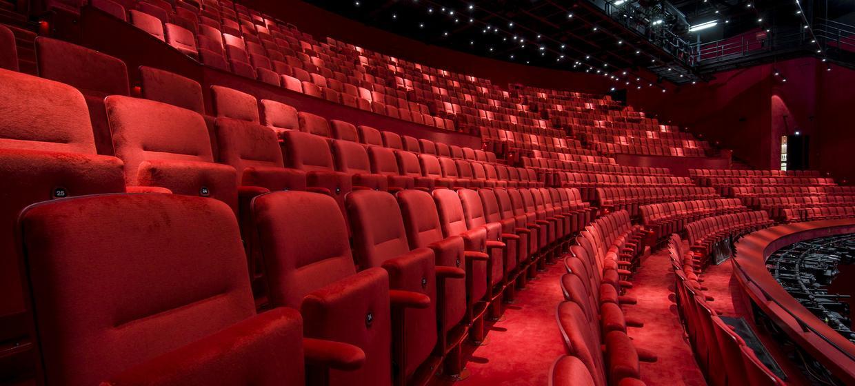 Stage Theater an der Elbe 2