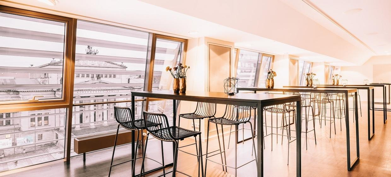 Karlsson Penthouse 4