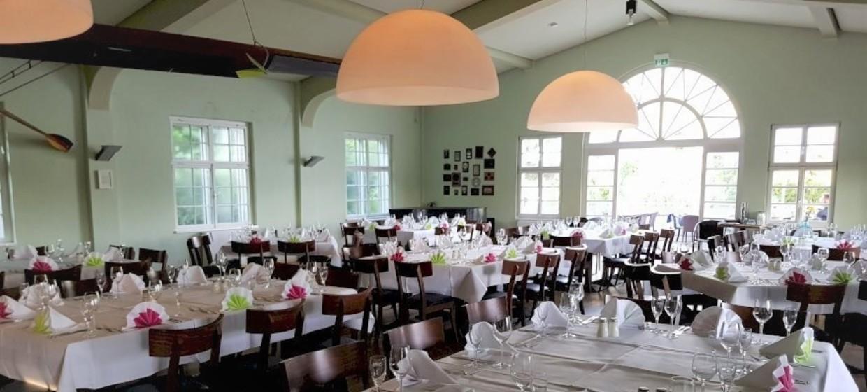 Tally's Restaurant im Rudersport 1