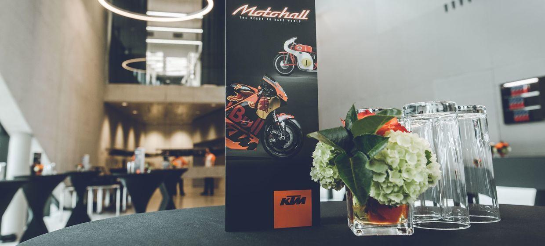 KTM Motohall 7