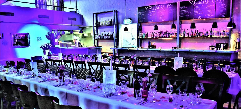 Mellow Club & Deluxxe Bar 3