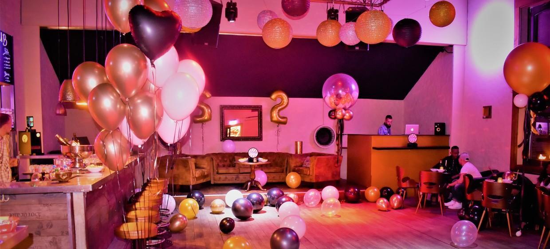 Mellow Club & Deluxxe Bar 6