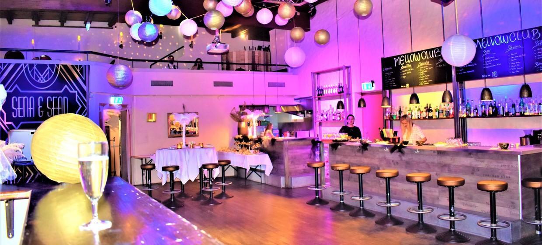 Mellow Club & Deluxxe Bar 1
